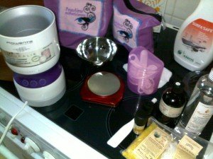 Cosmétique maison : crème hydratante et nourrissante pour les pieds et talons secs dans 8 - Ma Cosm'Ethique maison : 030820121601-300x225
